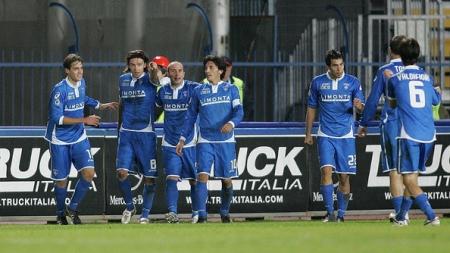 Soi kèo Empoli vs Bari, 22h30 ngày 03/09, Serie B Italia
