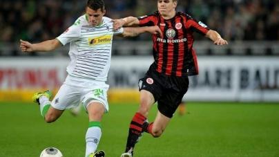 Soi kèo Eintracht Frankfurt vs Monchengladbach, 02h30 ngày 27/01, VĐQG Đức